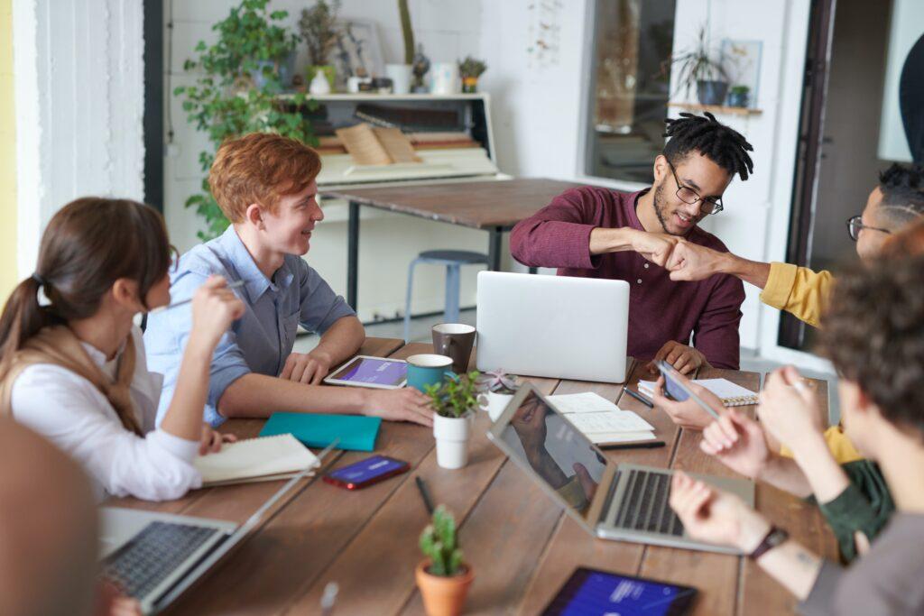 Outsource Employee Advocacy